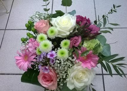 Composition de fleurs pour anniversaire