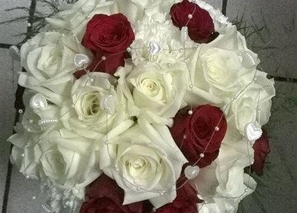 Bouquet de roses pour la mariée