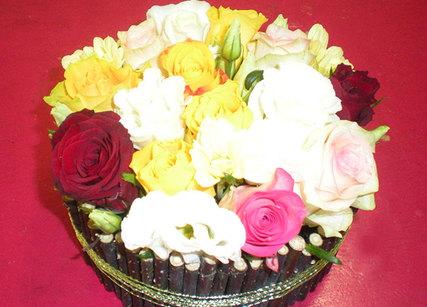 Décoration de table avec fleurs