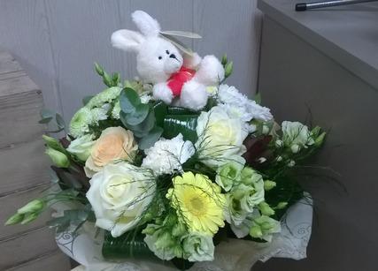 Bouquet de fleurs pour naissance