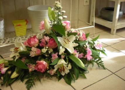 Composition de fleurs pour enterrement