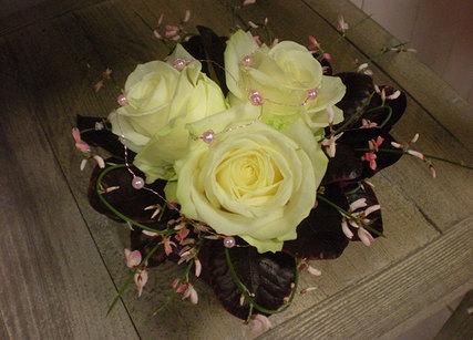 Un petit bouquet de rose pour votre compagne