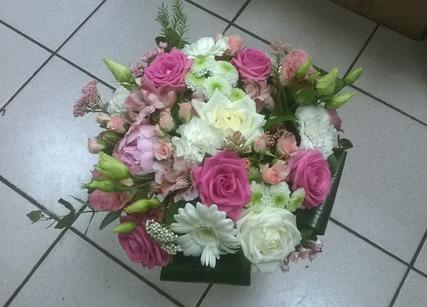 Bouquet de fleurs et de roses à offrir